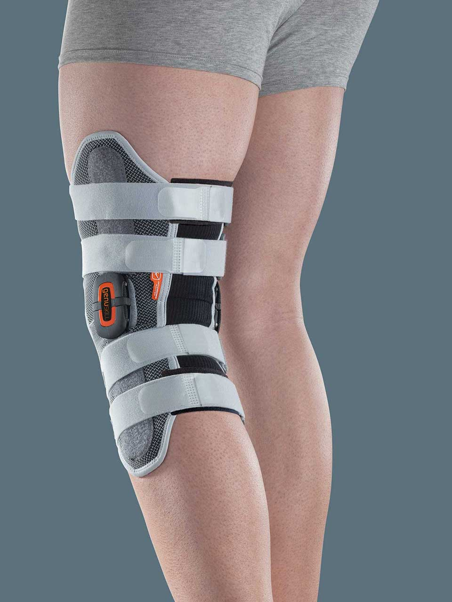 GENUSKILL 28A - Knieorthese mit polyzentrischen Gelenkschienen zur Flexion/Extension-Einstellung, lang, zum Öffnen